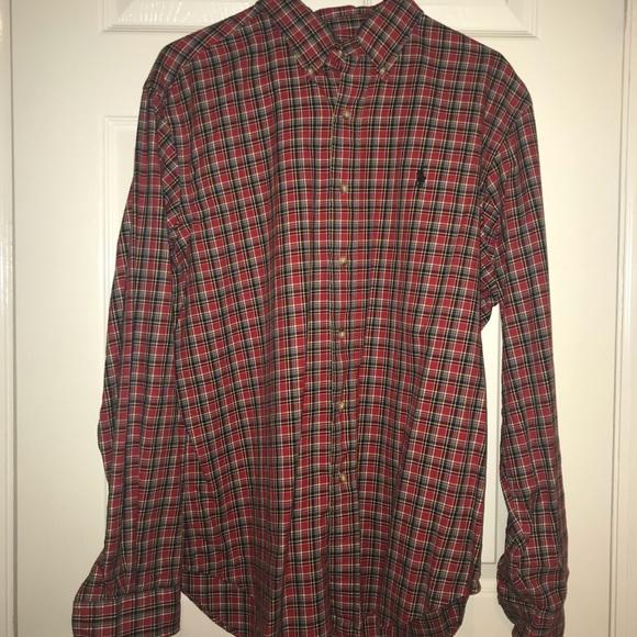 f9e63022c Men s red checkered Ralph Lauren button down shirt.  M 5a94b5daa6e3ea08b87924b5